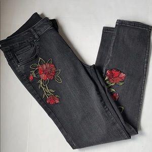 AQUA Rosita Jeans